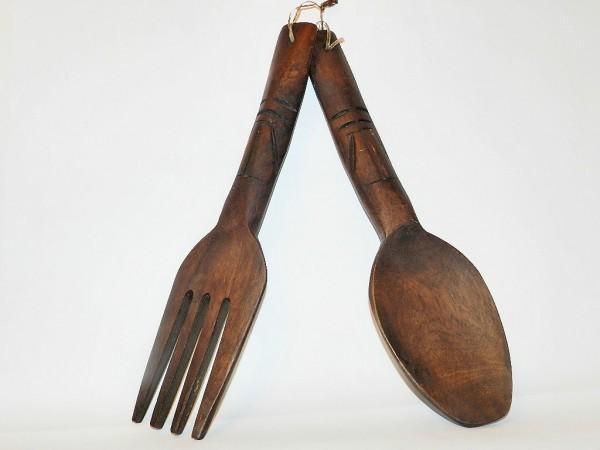 Set lingura si furculita vechi, din lemn