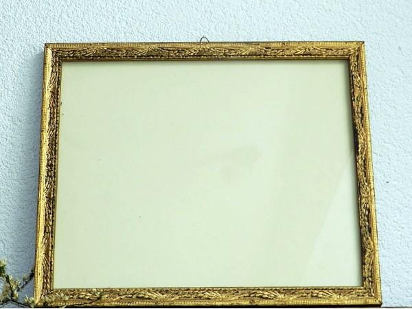 Rama foto veche(antichizata, din lemn)