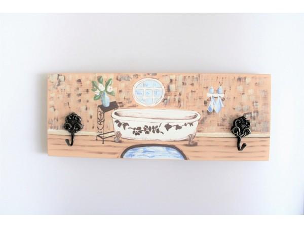 Cuier din lemn pentru baie